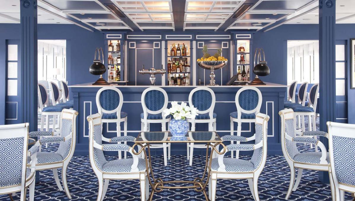 Uniworld River Queen lounge