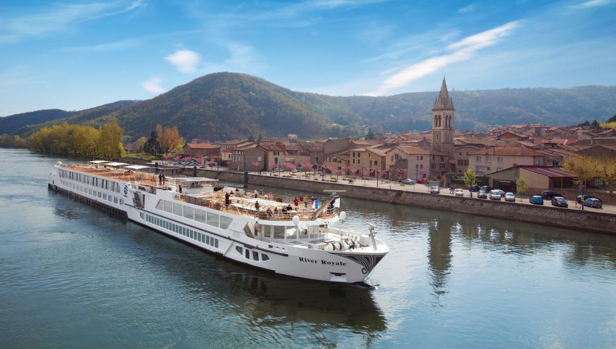 Uniworld River Cruises Mundy Cruising - River cruises in france
