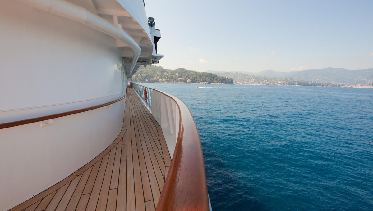 Noble Caledonia cruises - Caledonian Sky