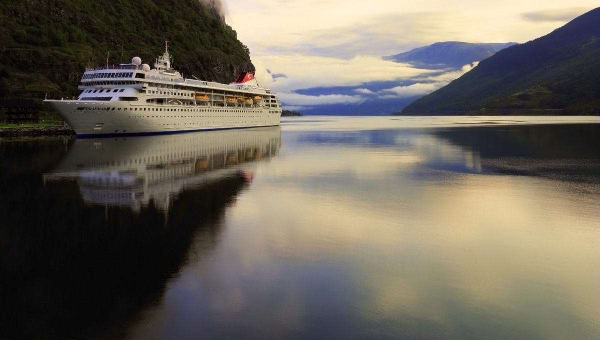 Fred. Olsen Cruise Lines - Braemar in Flam, Norway