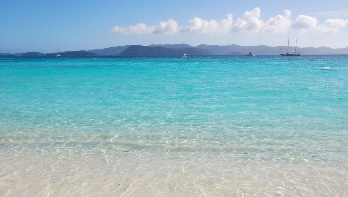 North America & Caribbean cruises - Beach in the British Virgin Islands