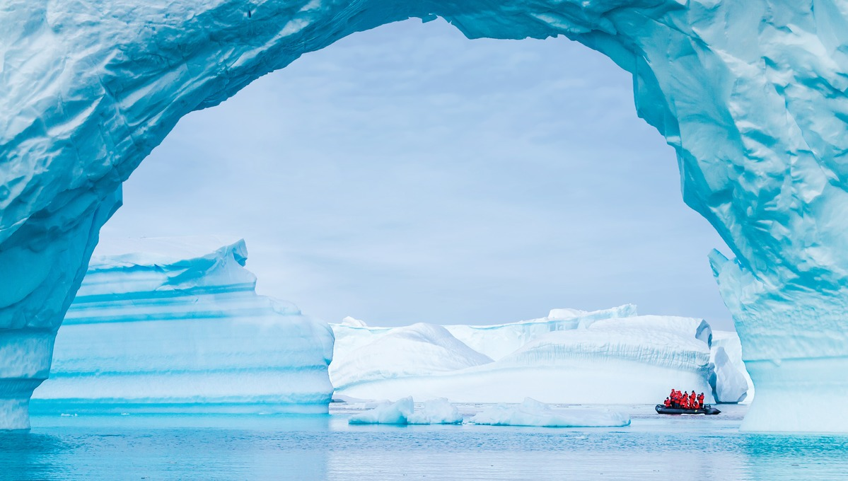 Mundy Adventures - Lindblad Expeditions cruise in Antarctica