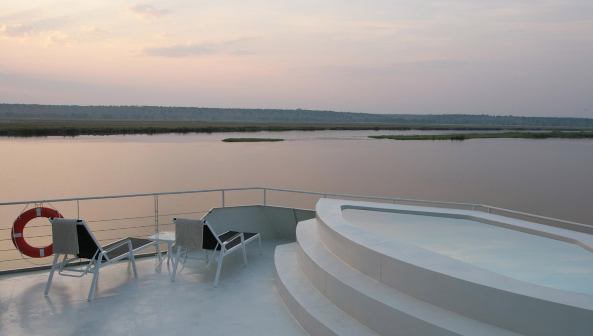 Zambezi Queen Sundeck Pool
