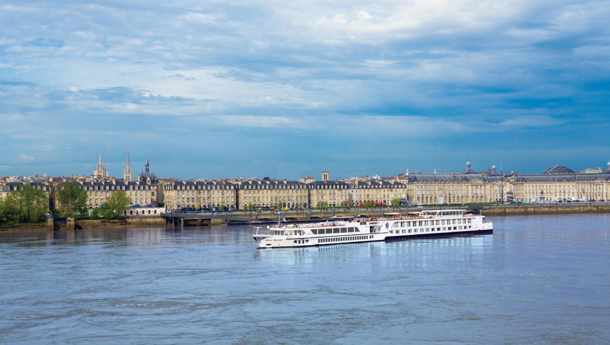 River Royal in bordeaux