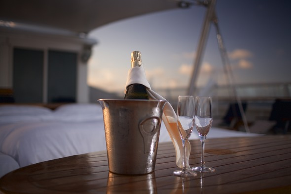 SeaDream Yacht Club - Champagne & Balinese bed