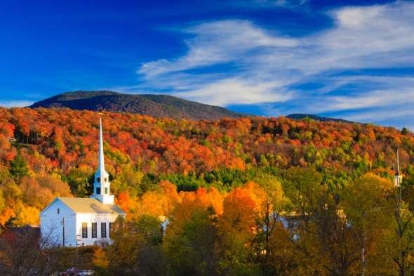 Autumn cruises - Fall colours in Vermont, New England