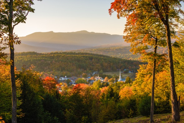 Canada & New England cruises - Fall colours in Stowe, Vermont