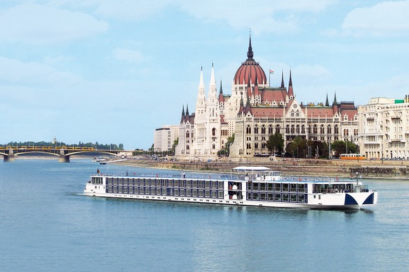 Uniworld - River Beatrice in Budapest