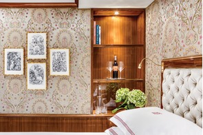 Uniworld River Cruises - S.S. Joie de Vivre stateroom decor