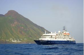 Hebridean Sky at sea