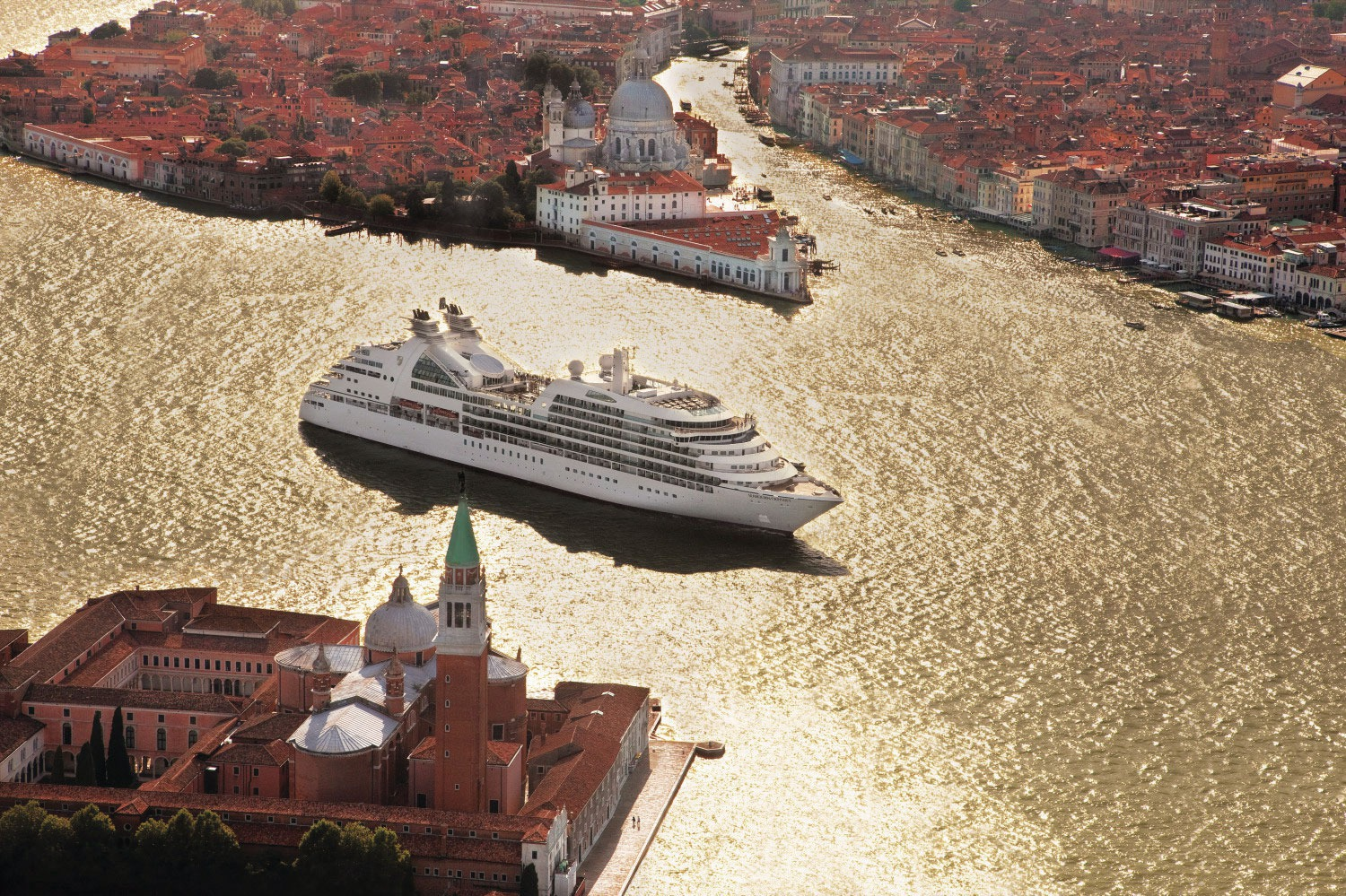 Seabourn Cruises - Seabourn Odyssey in Venice