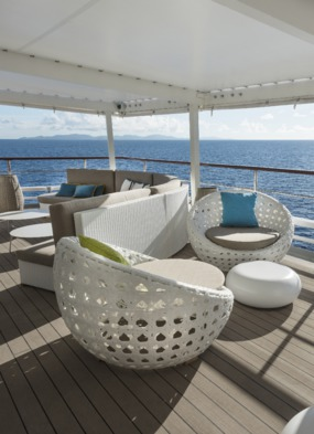 Crystal Yacht Cruises - Crystal Esprit sunset bar
