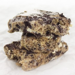 Quest Bars – Cookies and Cream
