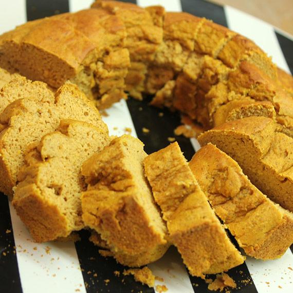 Protein Pumpkin Bundt Cake