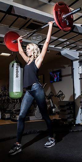 Zanna Van Dijk Lifting