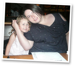Donna & daughter eating out
