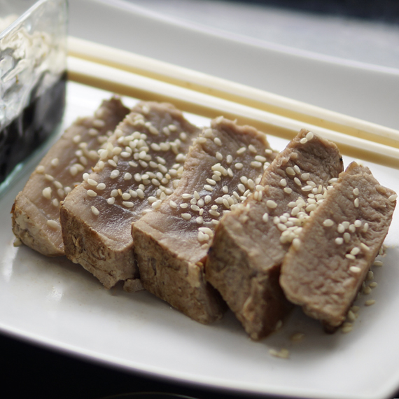Tuna Steak with Sesame and Soy Sauce
