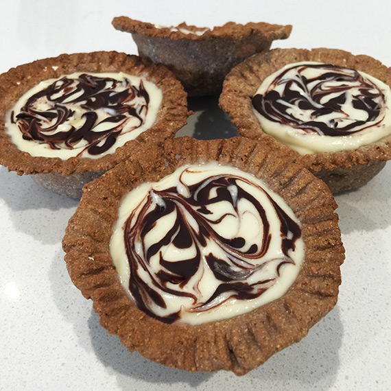 Vanilla Chocolate Cheesecake Tarts