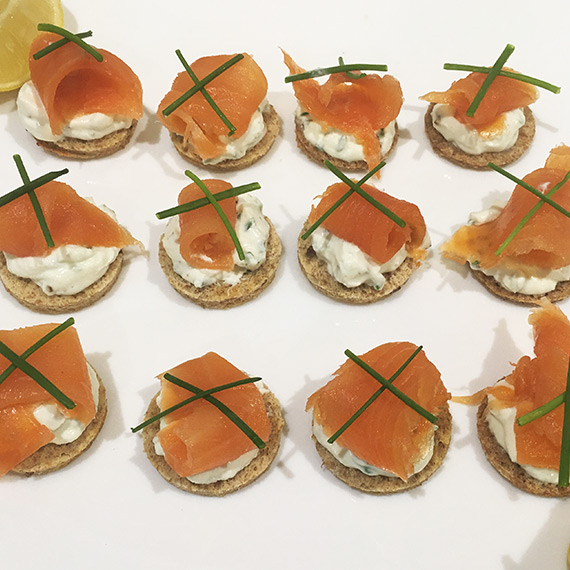 High protein smoked salmon cream cheese party canap s for Cream cheese canape