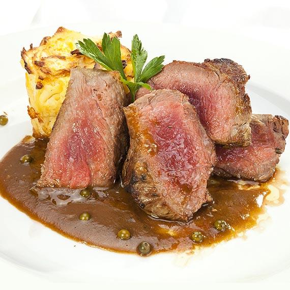 Sirloin Steak With Pepper Sauce