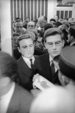 Pierre Bergé and Yves Saint Laurent, Théâtre de l'Étoile, Paris, 1958. Photograph by Bernard Lipnitzki., © ROGER VIOLLET
