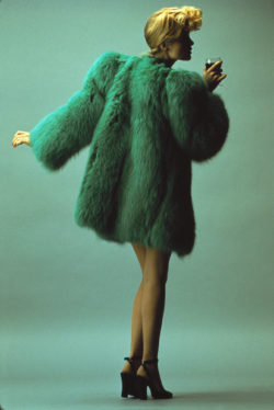Fox fur coat worn by Willy Van Rooy. Spring-Summer 1971 Haute Couture Collection. Photograph by Hans Feurer, published in Elle (France), March 1st, 1971., © Hans Feurer / Elle / Scoop
