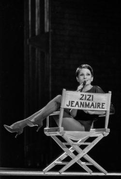 Zizi Jeanmaire in her music-hall show Hollywood Paradise, Opéra de Marseille, 1984. Photograph by Francette Levieux., © Francette Levieux
