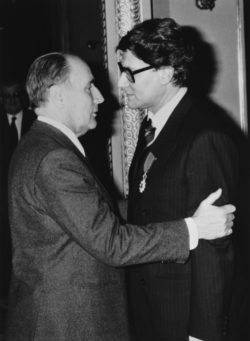 François Mitterrand awarding Yves Saint Laurent the medal of Chevalier de la Légion d'honneur, Palais de l'Élysée, Paris, March 1985., © Droits Réservés