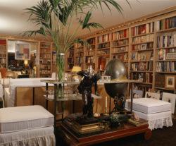 The library, 55 rue de Babylone, Paris, 2009. Photograph by Nicolas Mathéus., © Adagp, Paris, 2017