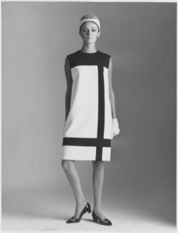 Cocktail dress worn by Malorie, homage to Piet Mondrian, autumn-winter 1965 haute couture collection, Paris, July 1965. Photograph by the Secrétariat international de la laine., © IWS Photos - DR