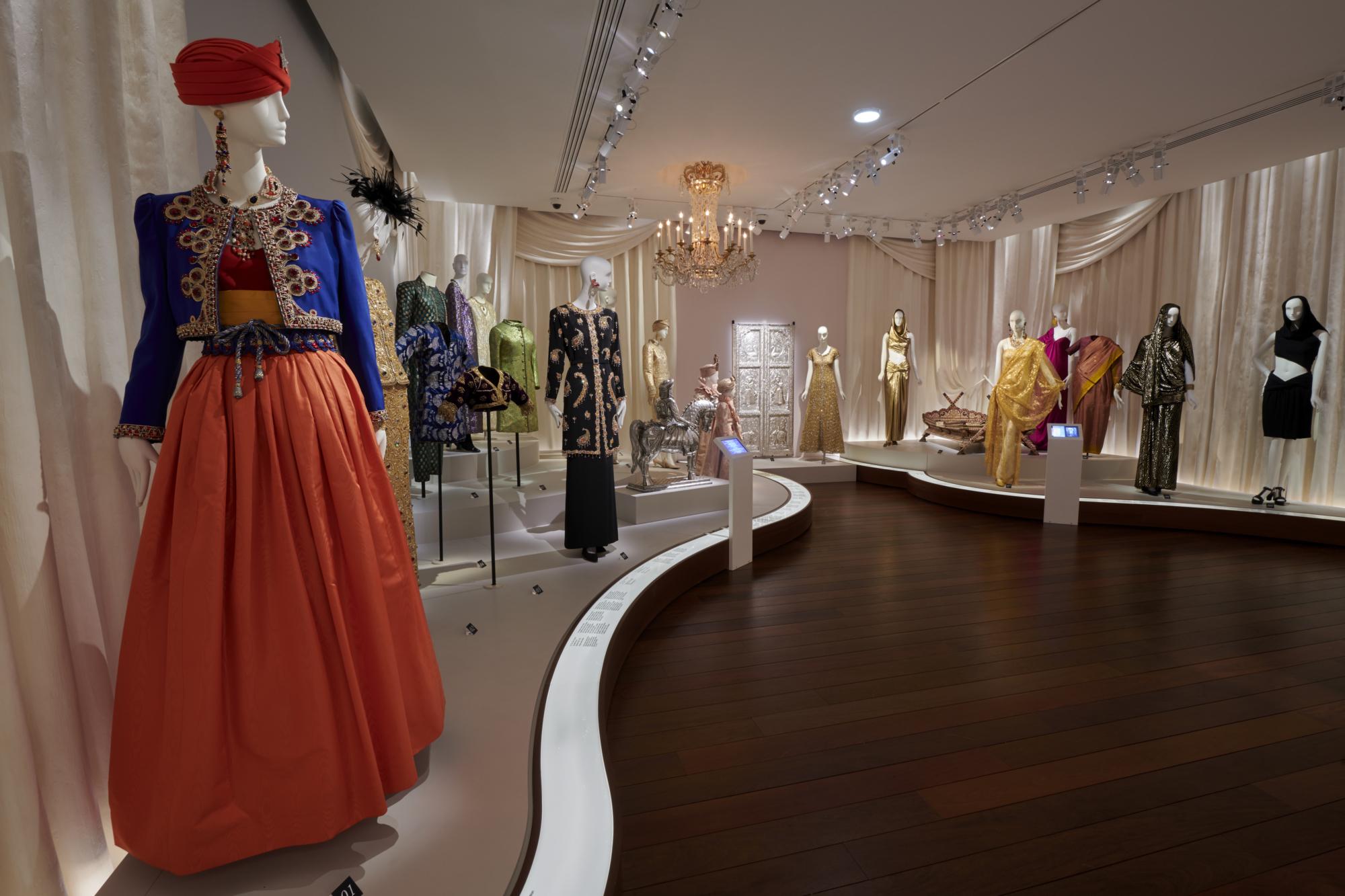 668240d41af Yves Saint Laurent: Dreams of the Orient - Musée Yves Saint Laurent ...