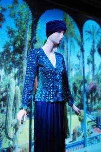 """Vue de l'exposition """"Yves Saint Laurent et le Maroc"""" à la Villa des Arts à Casablanca"""