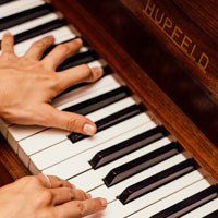 Play with Music: Ways to Improve Your Practice and Performance on the Piano