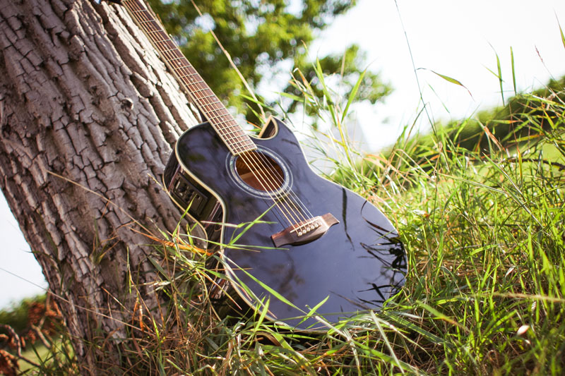 Get your tracks in a Country and Americana Showcase