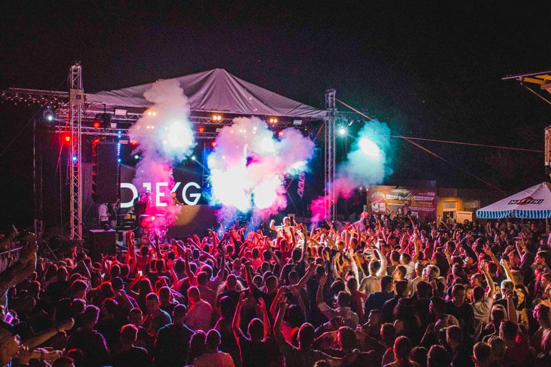 Music festival,music jobs,music industry
