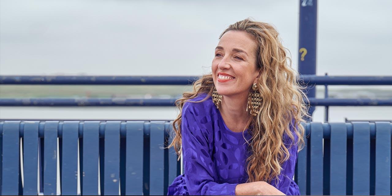 Photograph of Juliet Russell