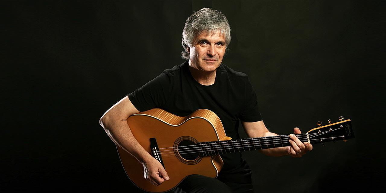 Photograph of Laurence Juber
