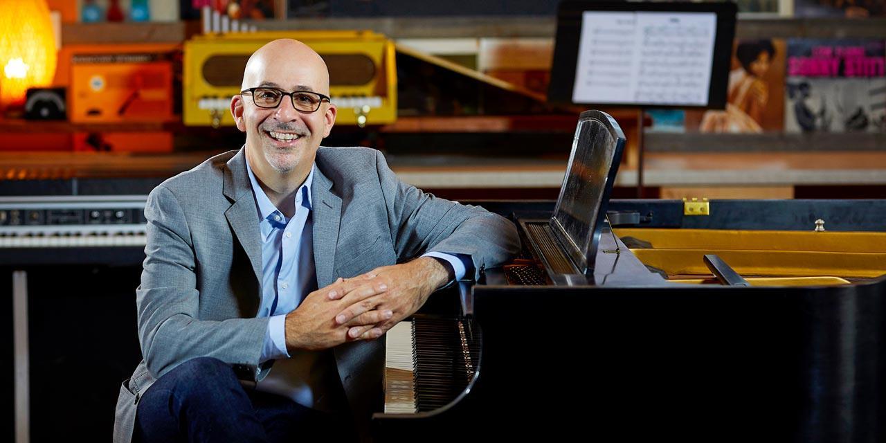 Photograph of Peter Martin
