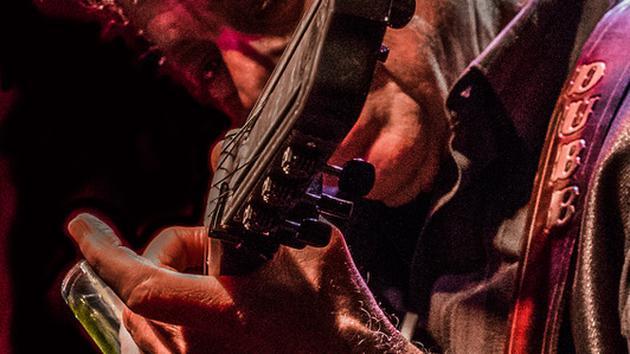 101* Blues Guitar Essentials with Doug MacLeod