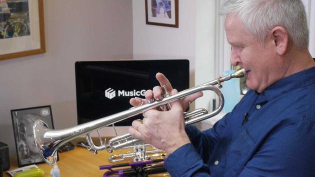 Mike Lovatt | MusicGurus