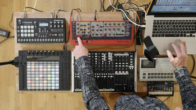 How to create a killer live set using Ableton Live & external instruments with Mark Burnett