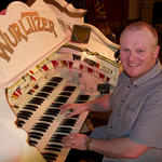 Nigel Milligan, Keyboard Entertainer, Backing Musician & Background Music