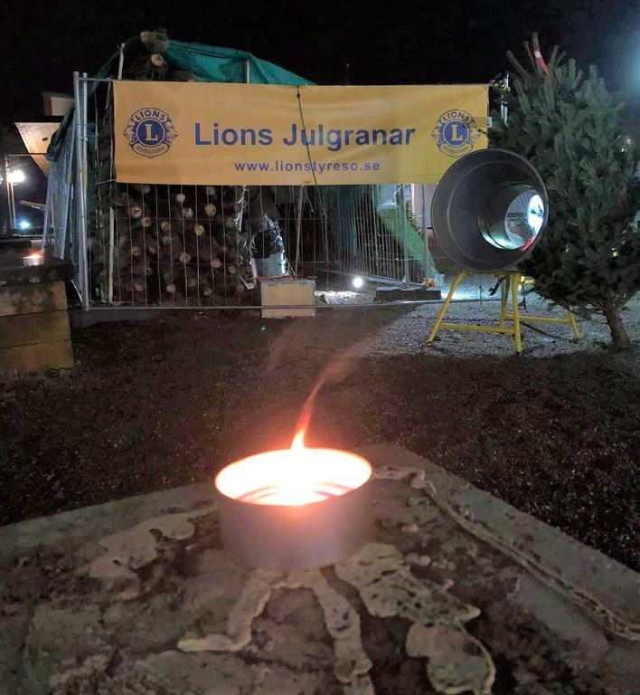 20201208 lions julgran v2