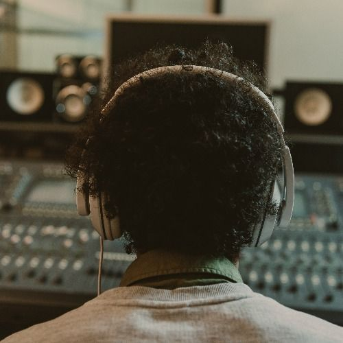 leffefi track ghost producer