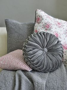 Bilde av GreenGate, pute pale grey