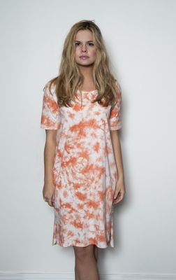 Senze of Joy Map dress orange