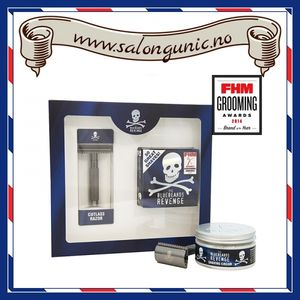 Bilde av THE BLUEBEARDS REVENGE SHAVING CREAM & CUTLASS
