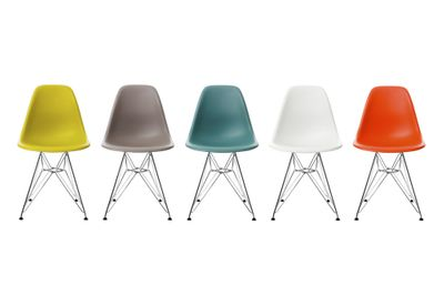 Eames plastic side chair DSR, basic sort Vitra