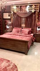 غرفة نوم جديدة كاملة من هوم سنتر ومرتبة طبية للبيع