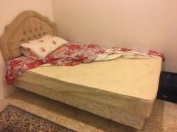سرير نفر ونص مع مرتبه طبيه/Single bed with high quality mattress